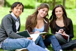 Kosova Üniversitesi Öğrenci Yorumları